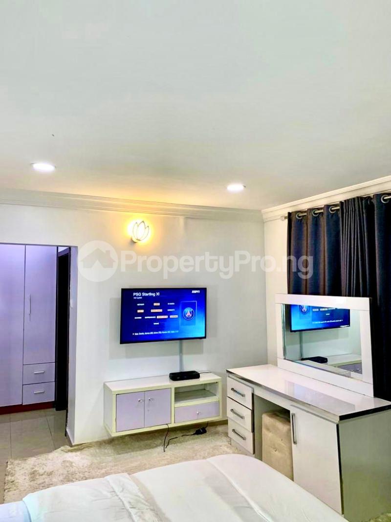 2 bedroom Mini flat Flat / Apartment for shortlet British village, wuse 2  Wuse 2 Abuja - 18