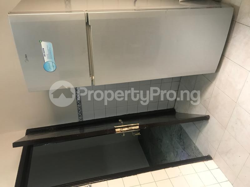 3 bedroom Shared Apartment Flat / Apartment for rent Oba Oyekan Estate Lekki Phase 1 Lekki Lagos - 19