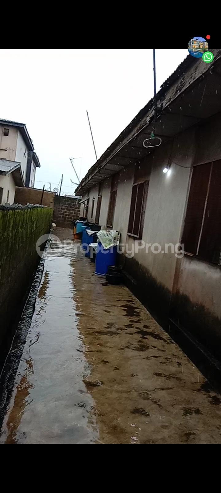 10 bedroom Detached Bungalow for sale Off Olanrewaju Street Akesan Isheri Igando Lasu Rd Akesan Alimosho Lagos - 0