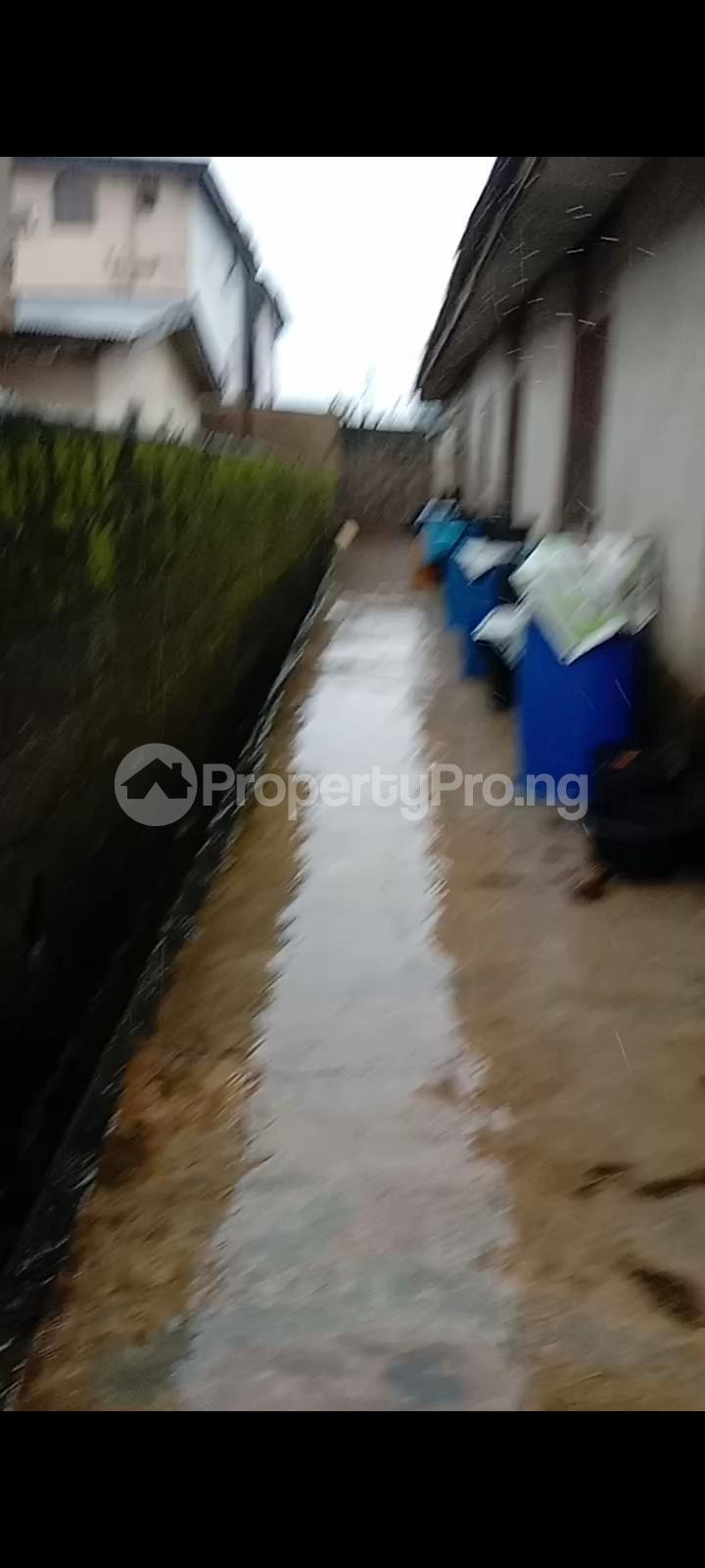 10 bedroom Detached Bungalow for sale Off Olanrewaju Street Akesan Isheri Igando Lasu Rd Akesan Alimosho Lagos - 5