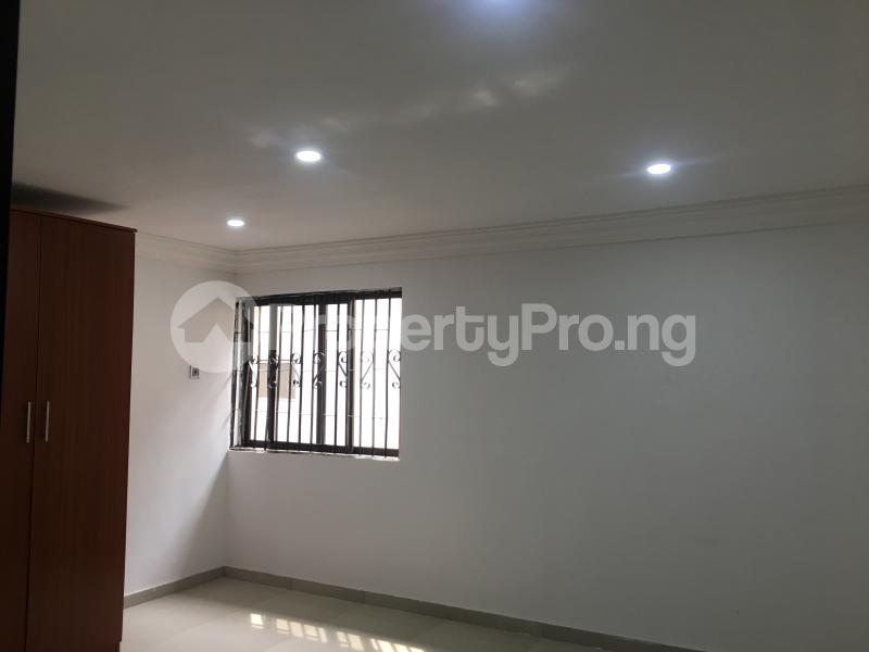 2 bedroom Terraced Duplex for sale 51a, Gbolaham Awe Close Off Emmanuel Keshi Street Magodo GRA Phase 2 Kosofe/Ikosi Lagos - 4