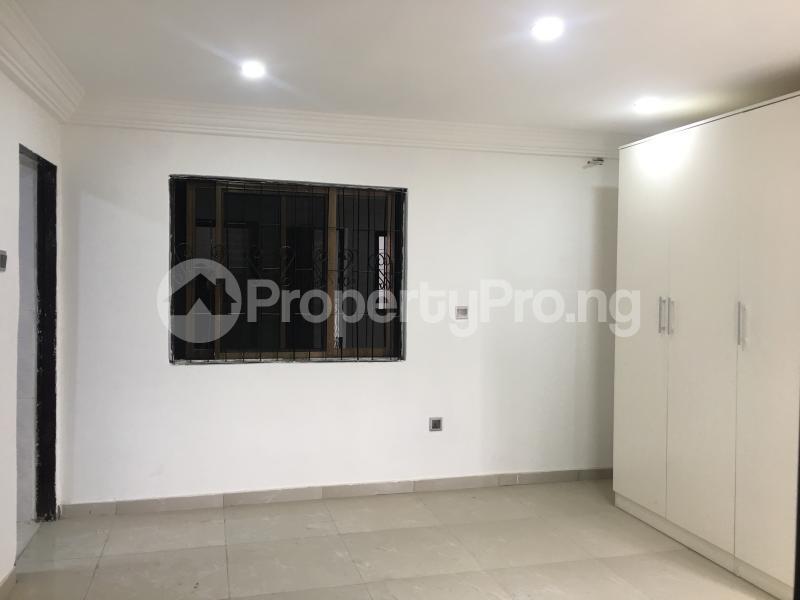 2 bedroom Terraced Duplex for sale 51a, Gbolaham Awe Close Off Emmanuel Keshi Street Magodo GRA Phase 2 Kosofe/Ikosi Lagos - 3