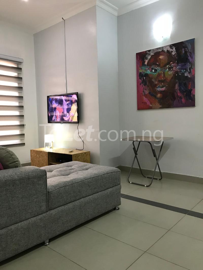 1 bedroom mini flat  Mini flat Flat / Apartment for shortlet Dideolu Estate, Ligali Ayorinde Victoria Island Lagos - 3