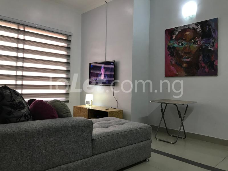 1 bedroom mini flat  Mini flat Flat / Apartment for shortlet Dideolu Estate, Ligali Ayorinde Victoria Island Lagos - 2