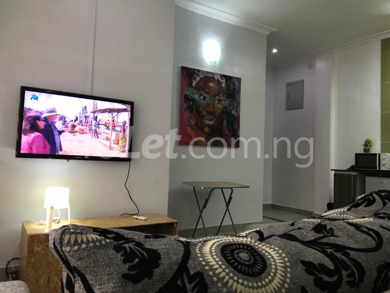 1 bedroom mini flat  Mini flat Flat / Apartment for shortlet Dideolu Estate, Ligali Ayorinde Victoria Island Lagos - 5