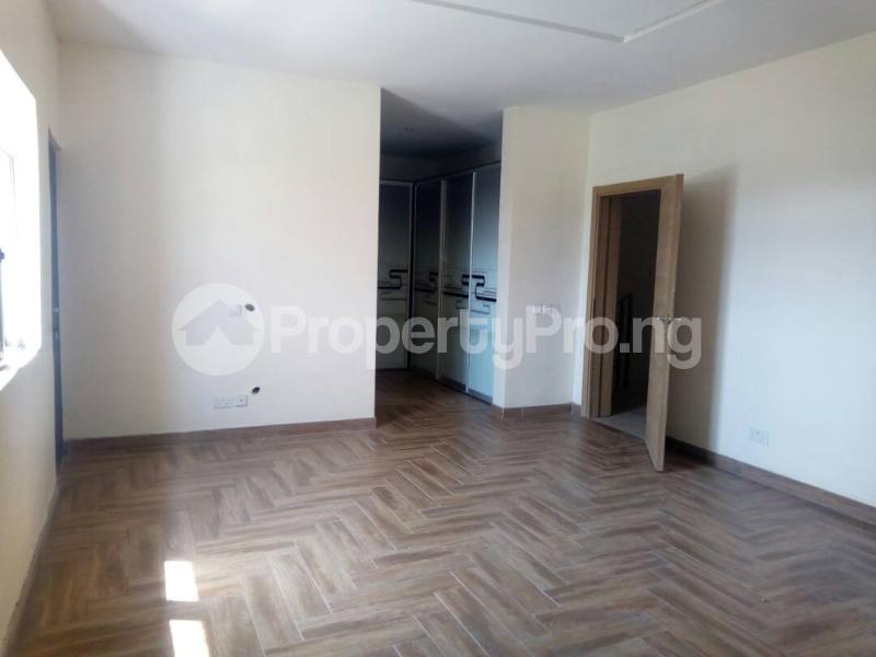 4 bedroom Massionette House for rent Igbo-efon Lekki Lagos - 7