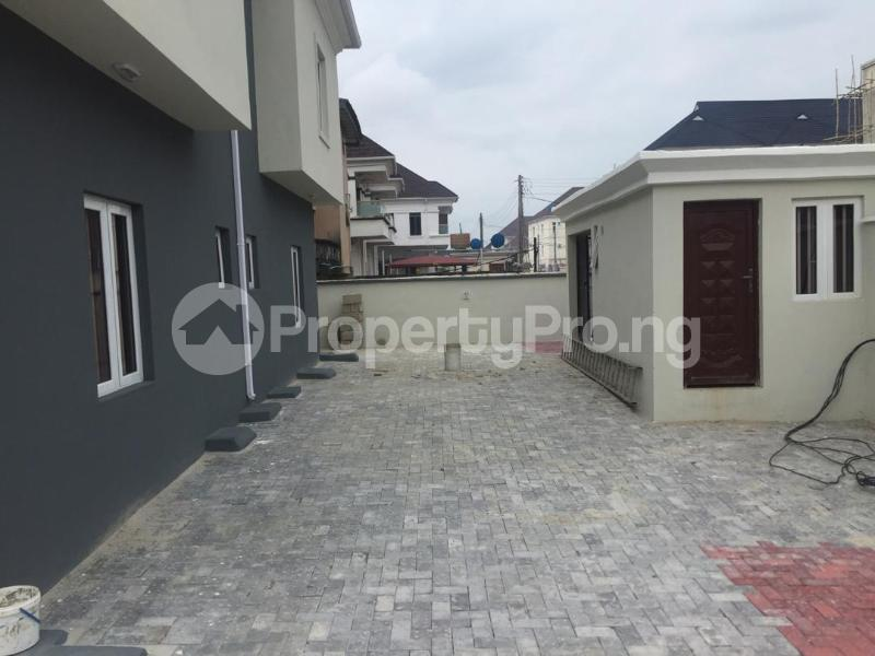 3 bedroom Shared Apartment Flat / Apartment for rent .... Osapa london Lekki Lagos - 1