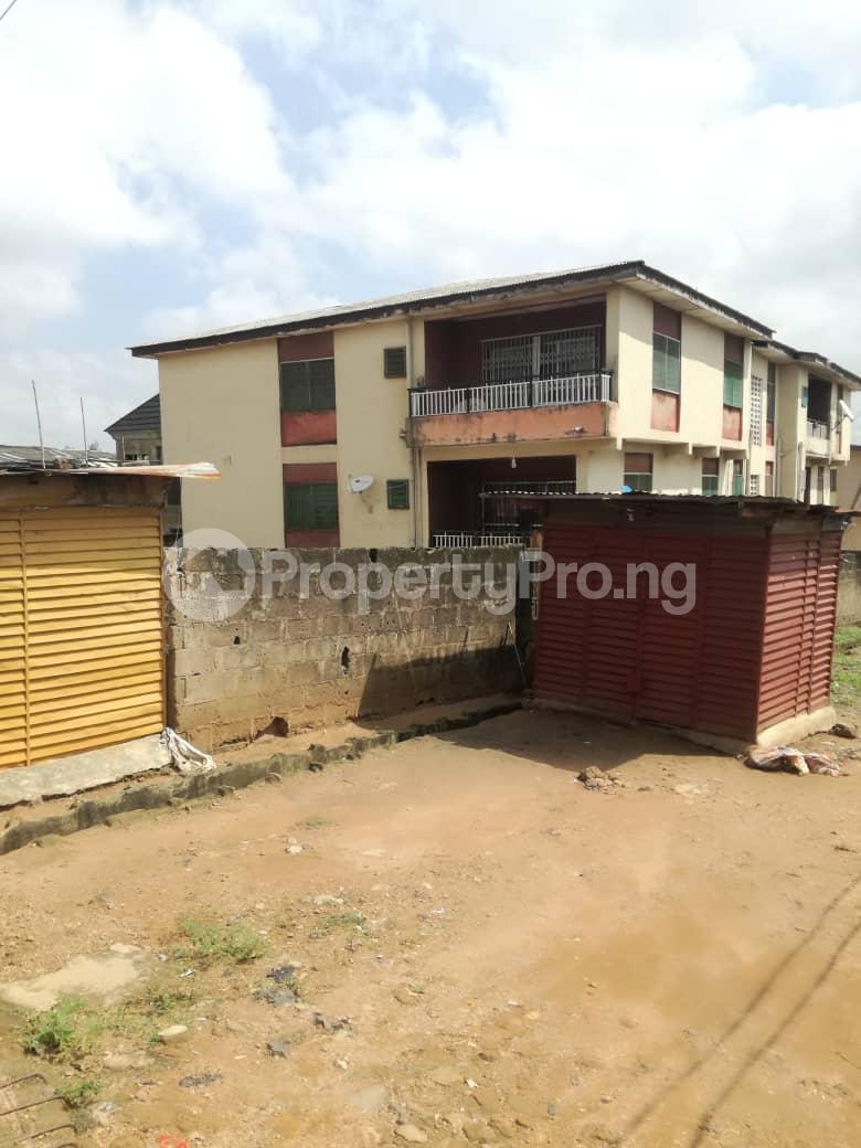 3 bedroom Flat / Apartment for rent Victor Odunaiya avenue, off Suara Ogundimu street, ishaga Iju Lagos - 2
