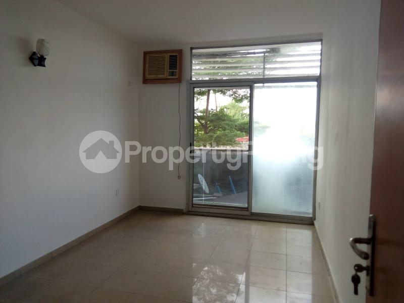 3 bedroom Shared Apartment Flat / Apartment for sale Ozumba Nbadiwe 1004 Victoria Island Lagos - 9