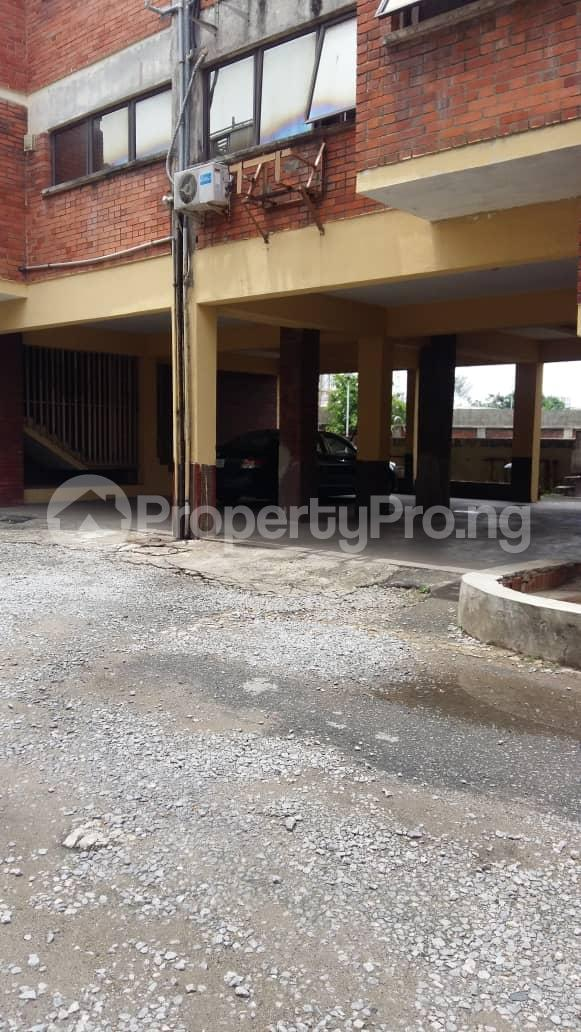 3 bedroom Flat / Apartment for rent --- Ademola Adetokunbo Victoria Island Lagos - 9