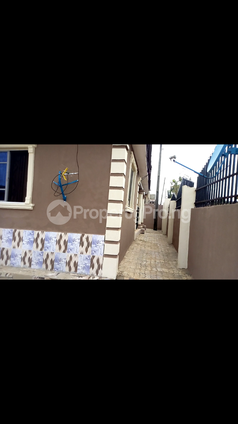 2 bedroom Self Contain Flat / Apartment for sale Oke Aro Akure Ondo - 2