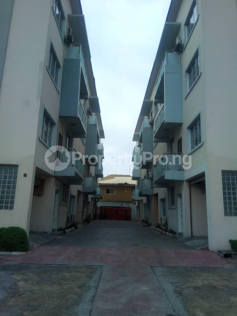 4 bedroom House for rent ---- Opebi Ikeja Lagos - 14