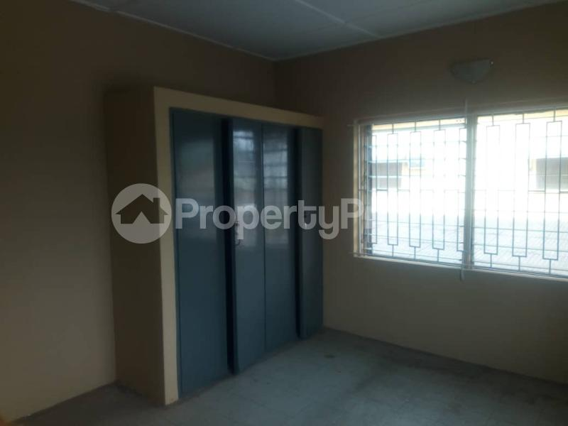 3 bedroom Flat / Apartment for sale ---- Ikotun Ikotun/Igando Lagos - 5