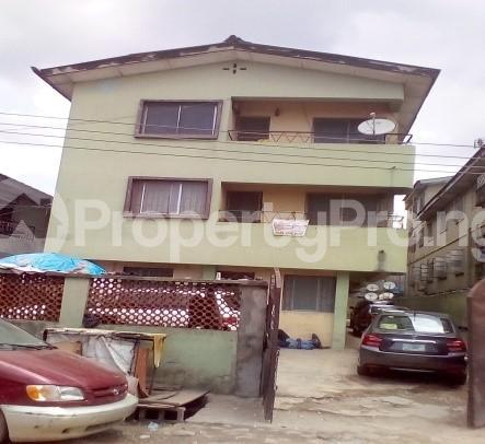 3 bedroom Flat / Apartment for sale Kayode Street Ilupeju Lagos - 2