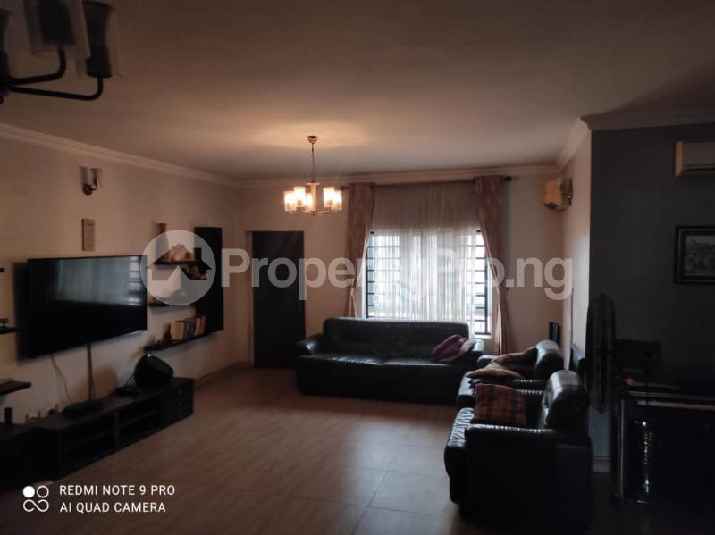3 bedroom Blocks of Flats for rent Jacob Mews Estate Alagomeji Yaba Lagos - 7