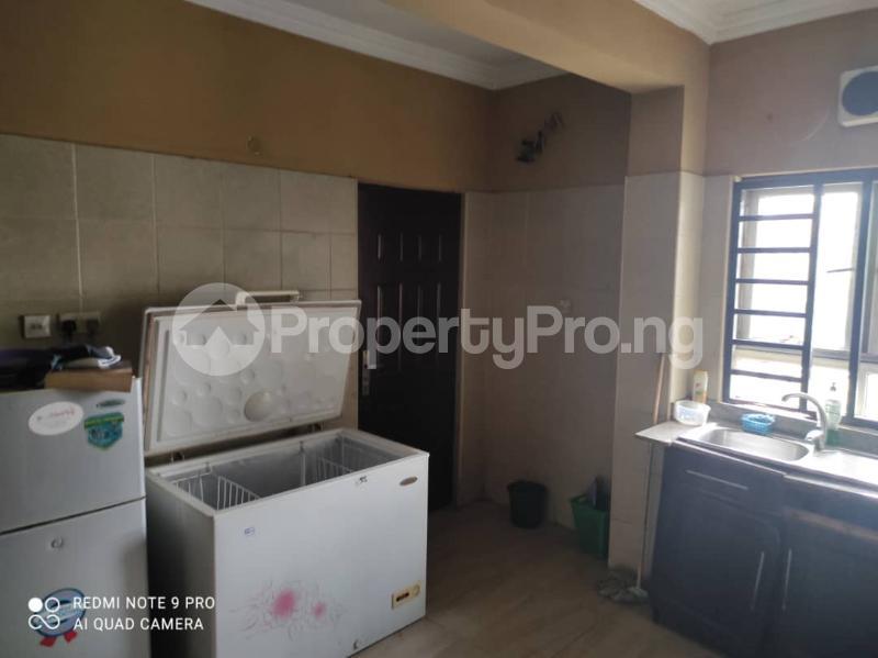 3 bedroom Blocks of Flats for rent Jacob Mews Estate Alagomeji Yaba Lagos - 3