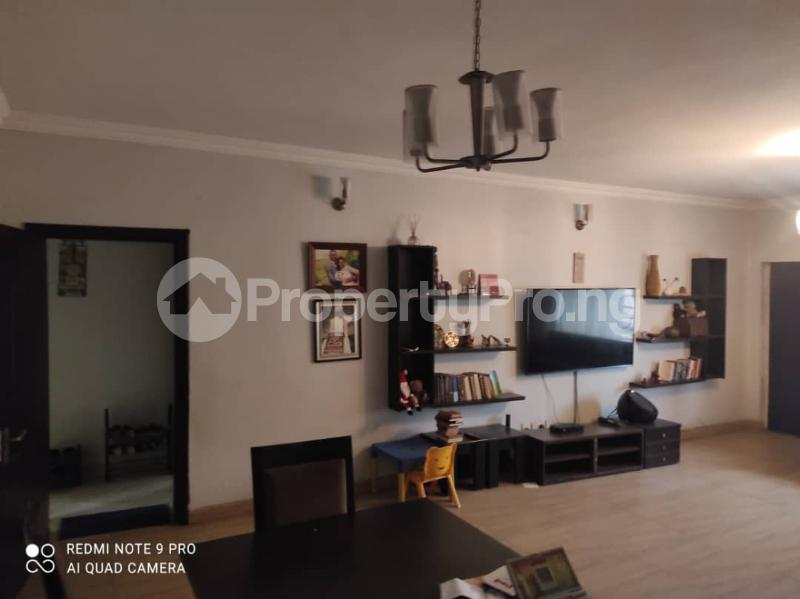 3 bedroom Blocks of Flats for rent Jacob Mews Estate Alagomeji Yaba Lagos - 2