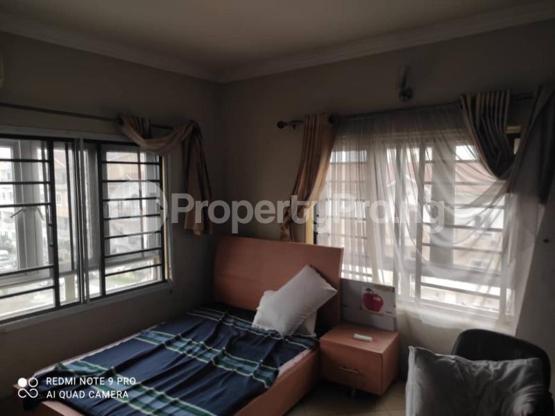 3 bedroom Blocks of Flats for rent Jacob Mews Estate Alagomeji Yaba Lagos - 8