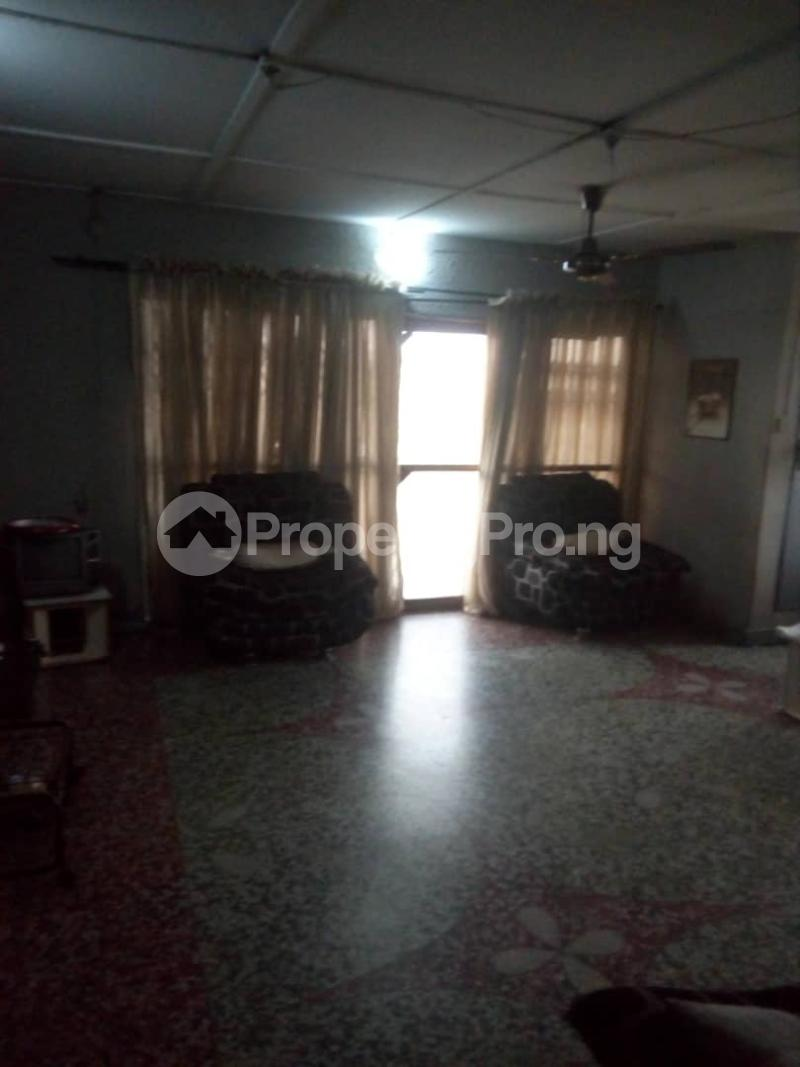 House for rent Bakare str Abule Egba Lagos - 3
