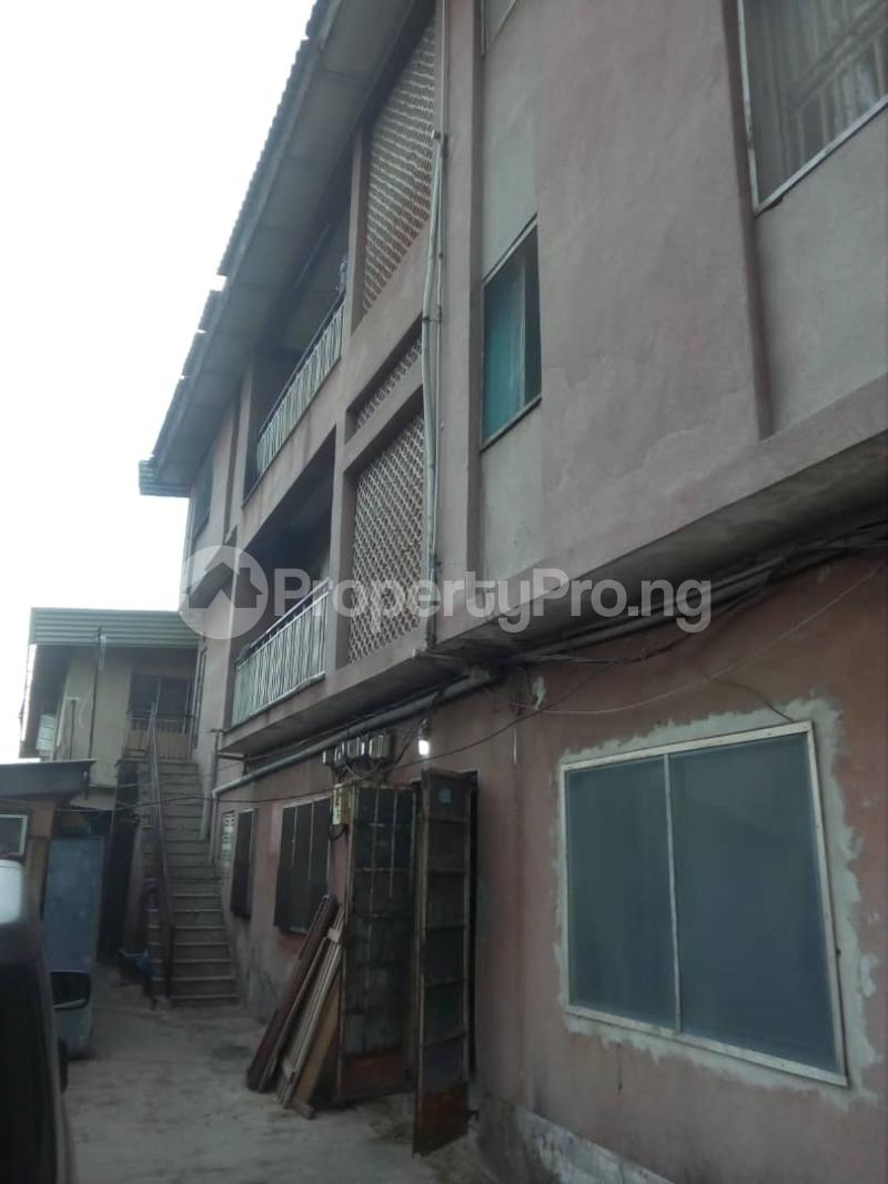 House for rent Bakare str Abule Egba Lagos - 2