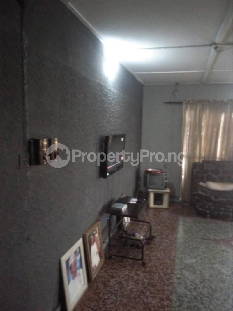 House for rent Bakare str Abule Egba Lagos - 4