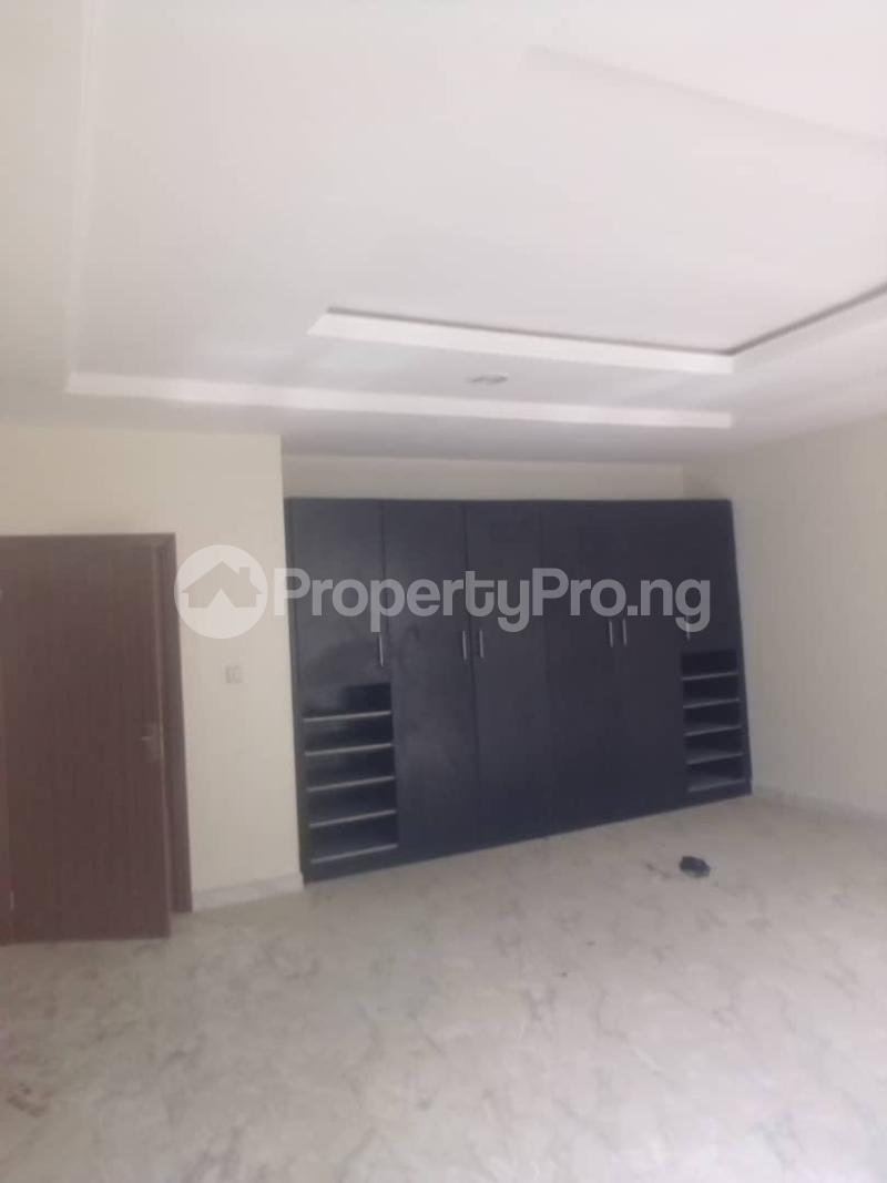4 bedroom Semi Detached Duplex House for rent Signature Estate, chevron alternative route,  chevron Lekki Lagos - 6