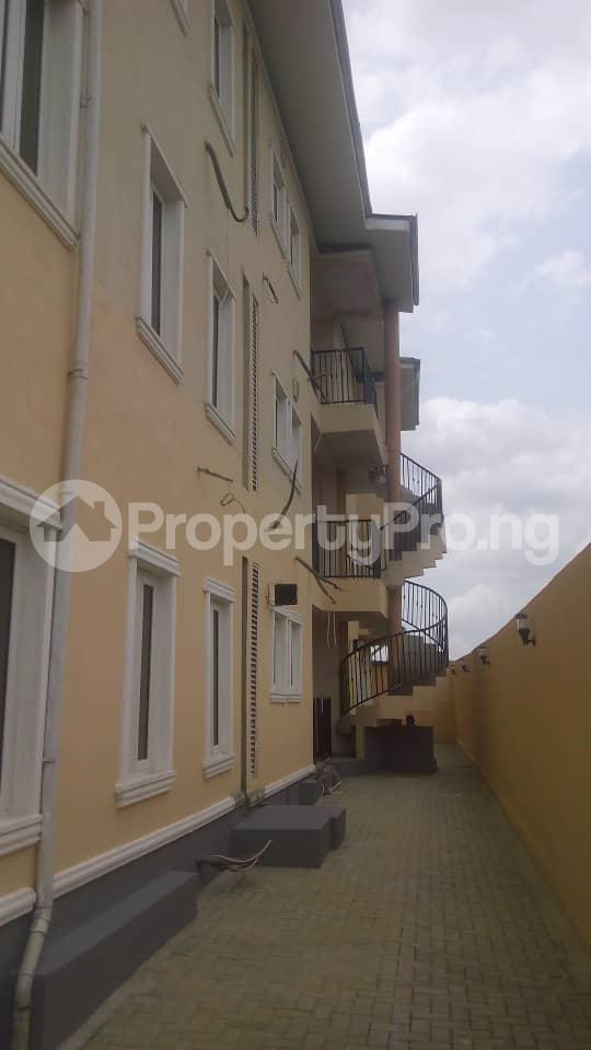 3 bedroom Shared Apartment Flat / Apartment for rent Mende  Mende Maryland Lagos - 1