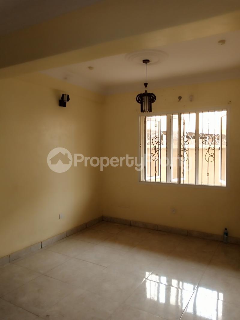 2 bedroom Flat / Apartment for rent Jones avenue Adeniyi Jones Ikeja Lagos - 5