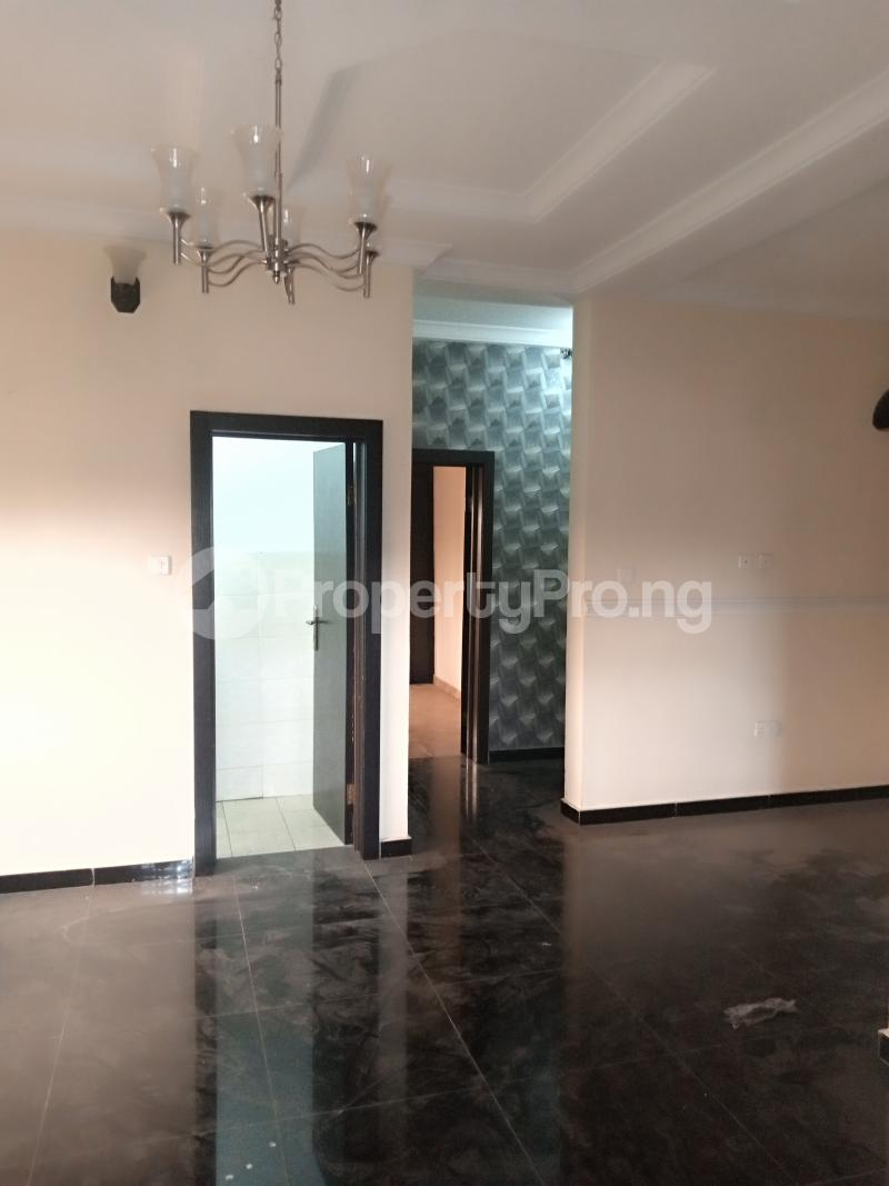 2 bedroom Flat / Apartment for rent Estate Adeniyi Jones Ikeja Lagos - 4