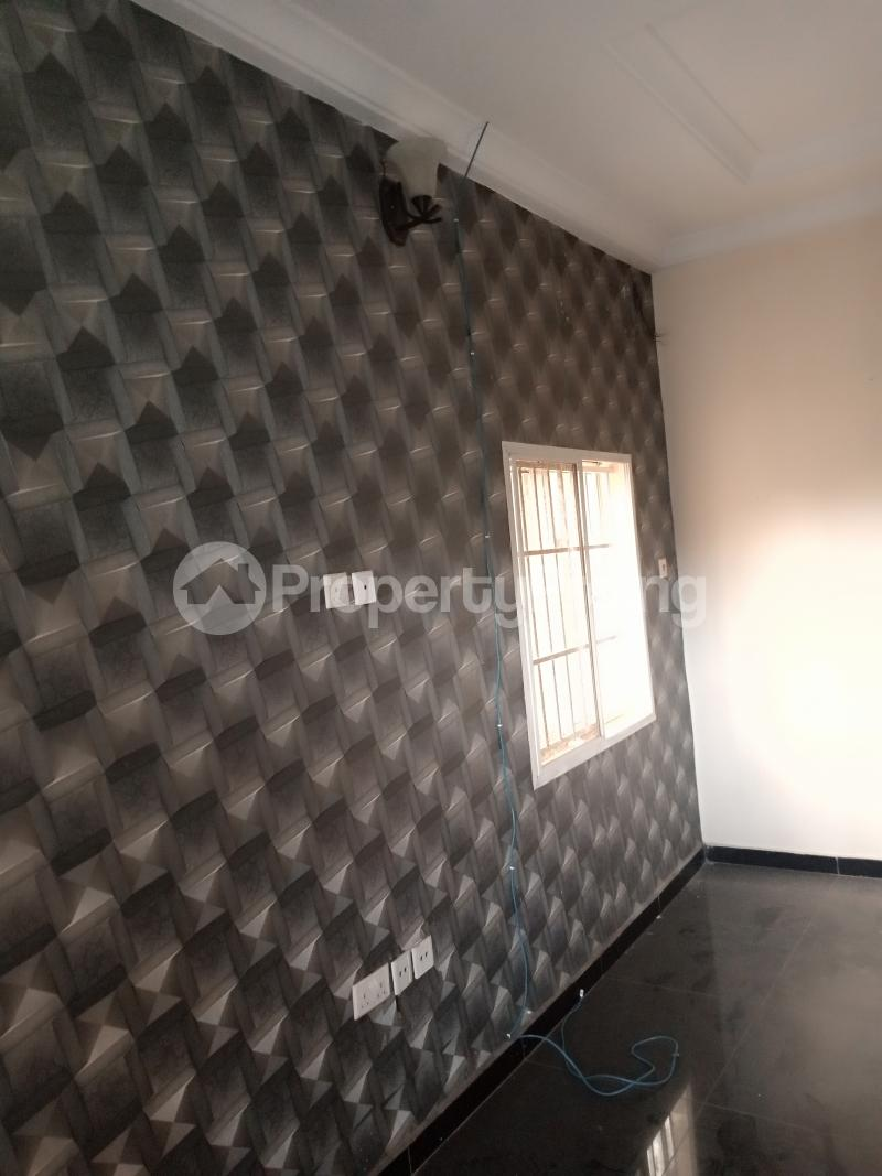 2 bedroom Flat / Apartment for rent Estate Adeniyi Jones Ikeja Lagos - 5