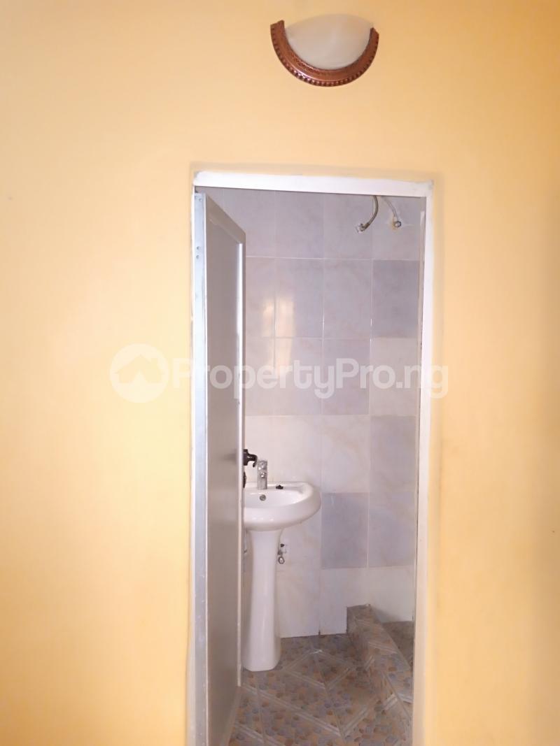 2 bedroom Flat / Apartment for rent Jones avenue Adeniyi Jones Ikeja Lagos - 9