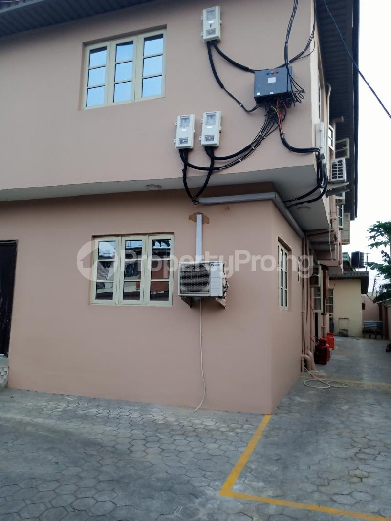 2 bedroom Flat / Apartment for rent Estate Adeniyi Jones Ikeja Lagos - 6