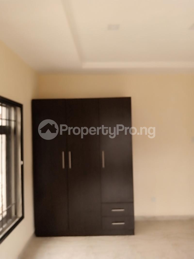 2 bedroom Flat / Apartment for rent Estate Adeniyi Jones Ikeja Lagos - 9