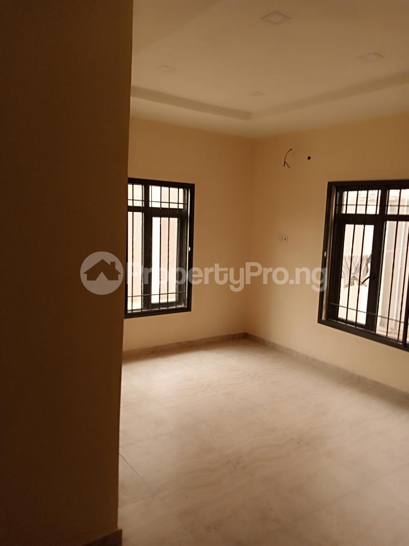 2 bedroom Flat / Apartment for rent Estate Adeniyi Jones Ikeja Lagos - 2