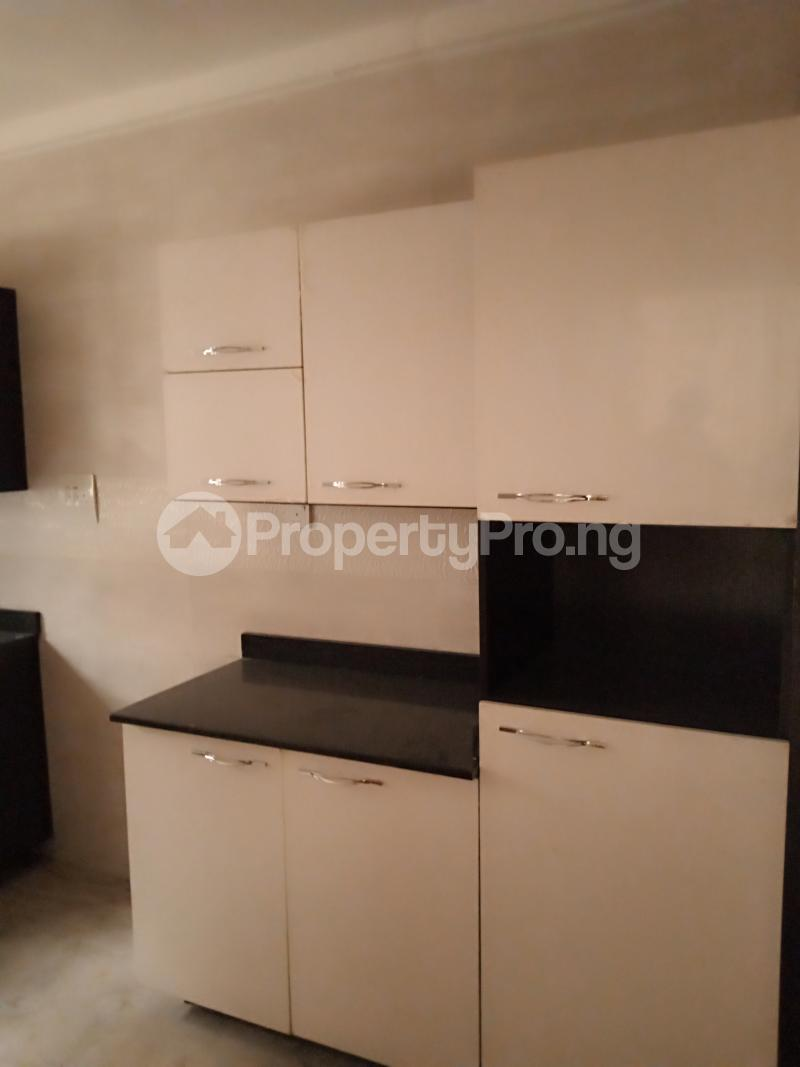 2 bedroom Flat / Apartment for rent Estate Adeniyi Jones Ikeja Lagos - 4