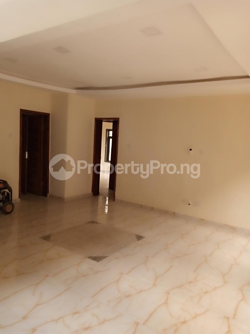2 bedroom Flat / Apartment for rent Estate Adeniyi Jones Ikeja Lagos - 11
