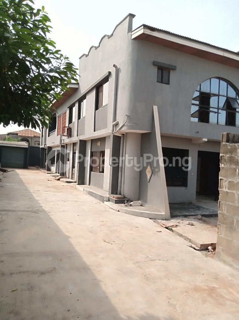 3 bedroom Flat / Apartment for rent Unity Close Alagbado Abule Egba Lagos - 3