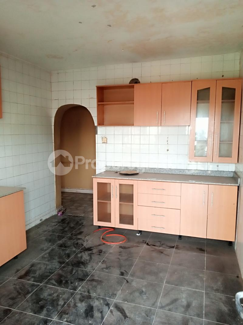 3 bedroom Flat / Apartment for rent Unity Close Alagbado Abule Egba Lagos - 1