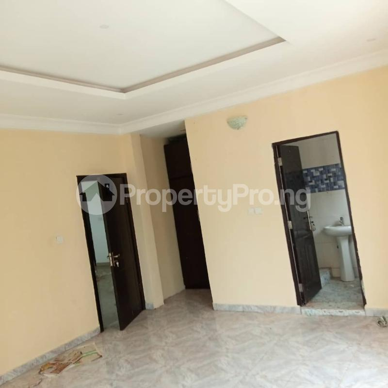 3 bedroom Flat / Apartment for rent Mende Estate Maryland Ikeja Lagos - 10