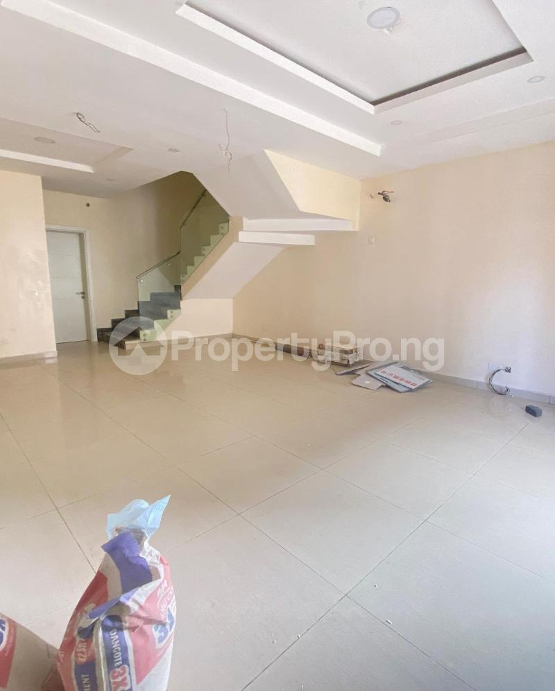 4 bedroom Terraced Duplex for rent Lekki Phase 1 Lekki Lagos - 2