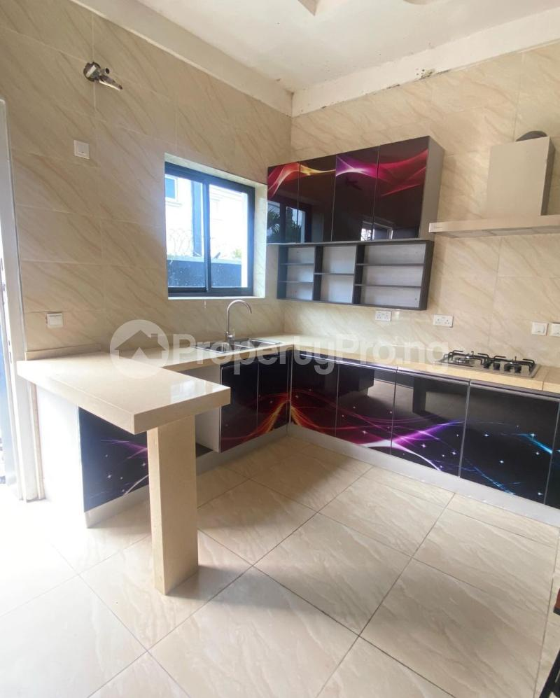 4 bedroom Terraced Duplex for rent Lekki Phase 1 Lekki Lagos - 3