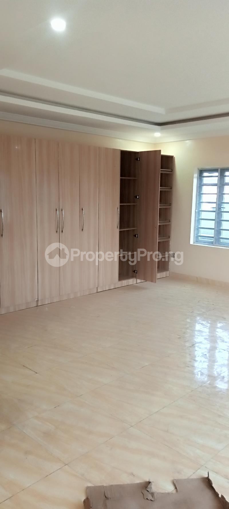 4 bedroom Semi Detached Duplex House for rent Jones Avenue Adeniyi Jones Ikeja Lagos - 7