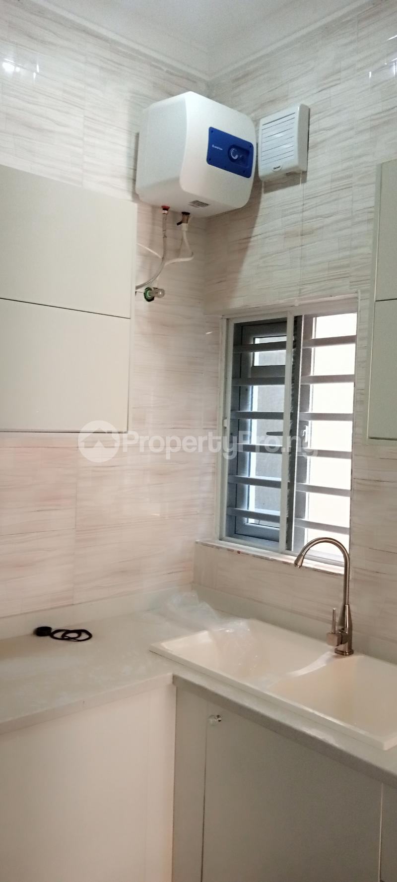 4 bedroom Semi Detached Duplex House for rent Jones Avenue Adeniyi Jones Ikeja Lagos - 5