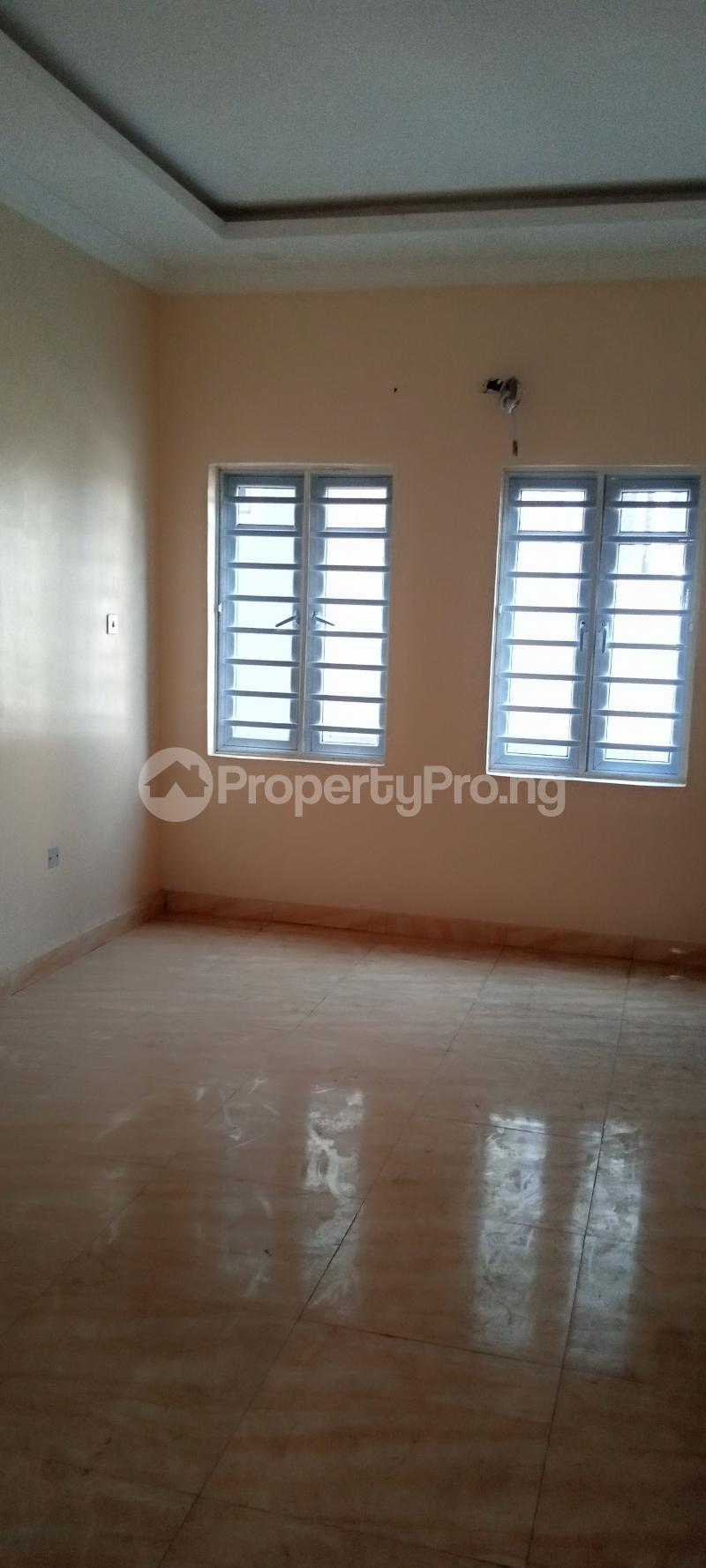 4 bedroom Semi Detached Duplex House for rent Jones Avenue Adeniyi Jones Ikeja Lagos - 9