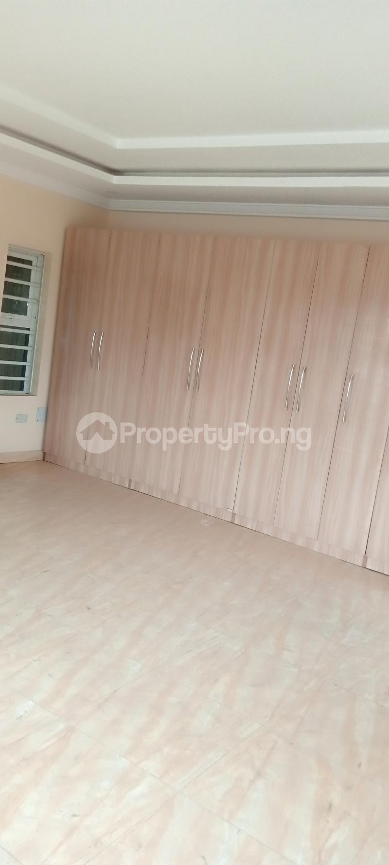 4 bedroom Semi Detached Duplex House for rent Jones Avenue Adeniyi Jones Ikeja Lagos - 6