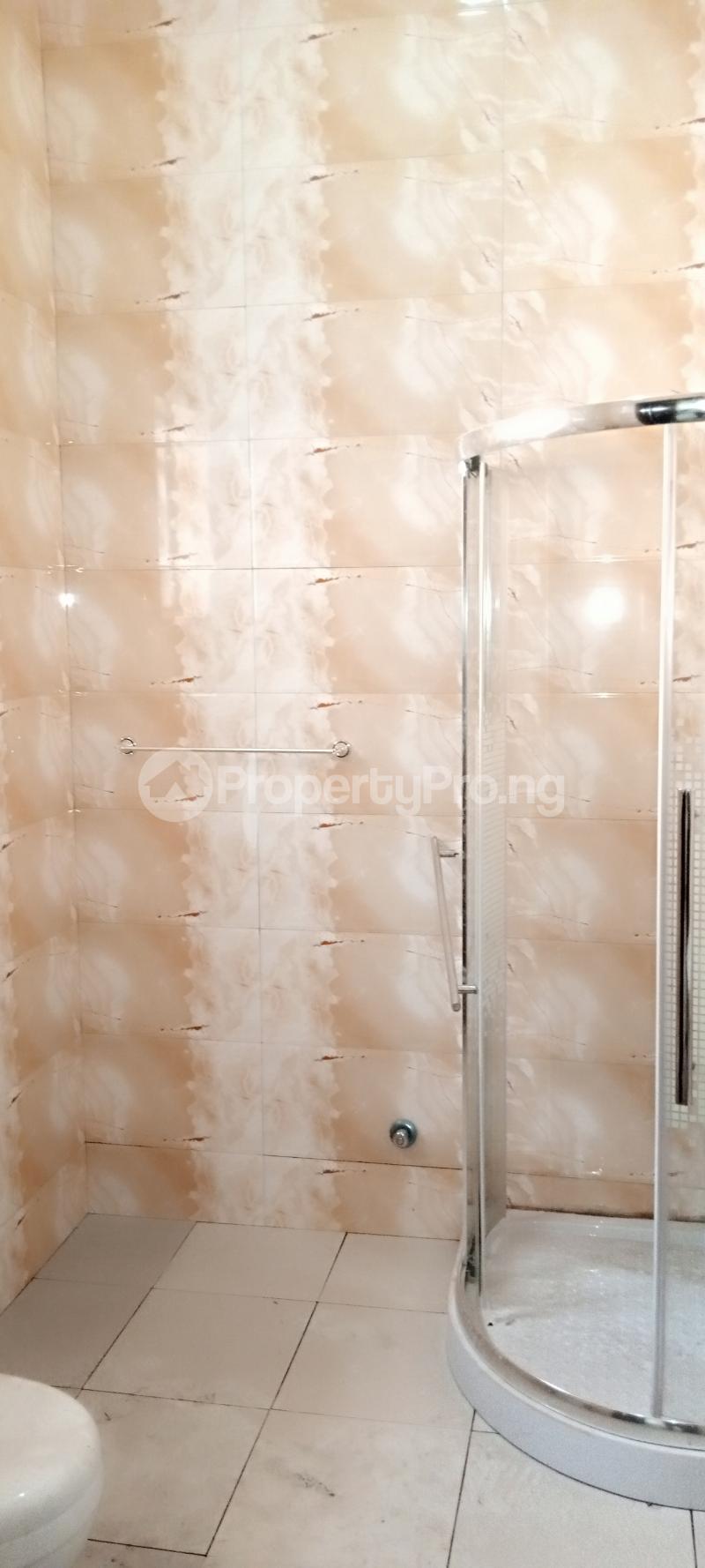 4 bedroom Semi Detached Duplex House for rent Jones Avenue Adeniyi Jones Ikeja Lagos - 11