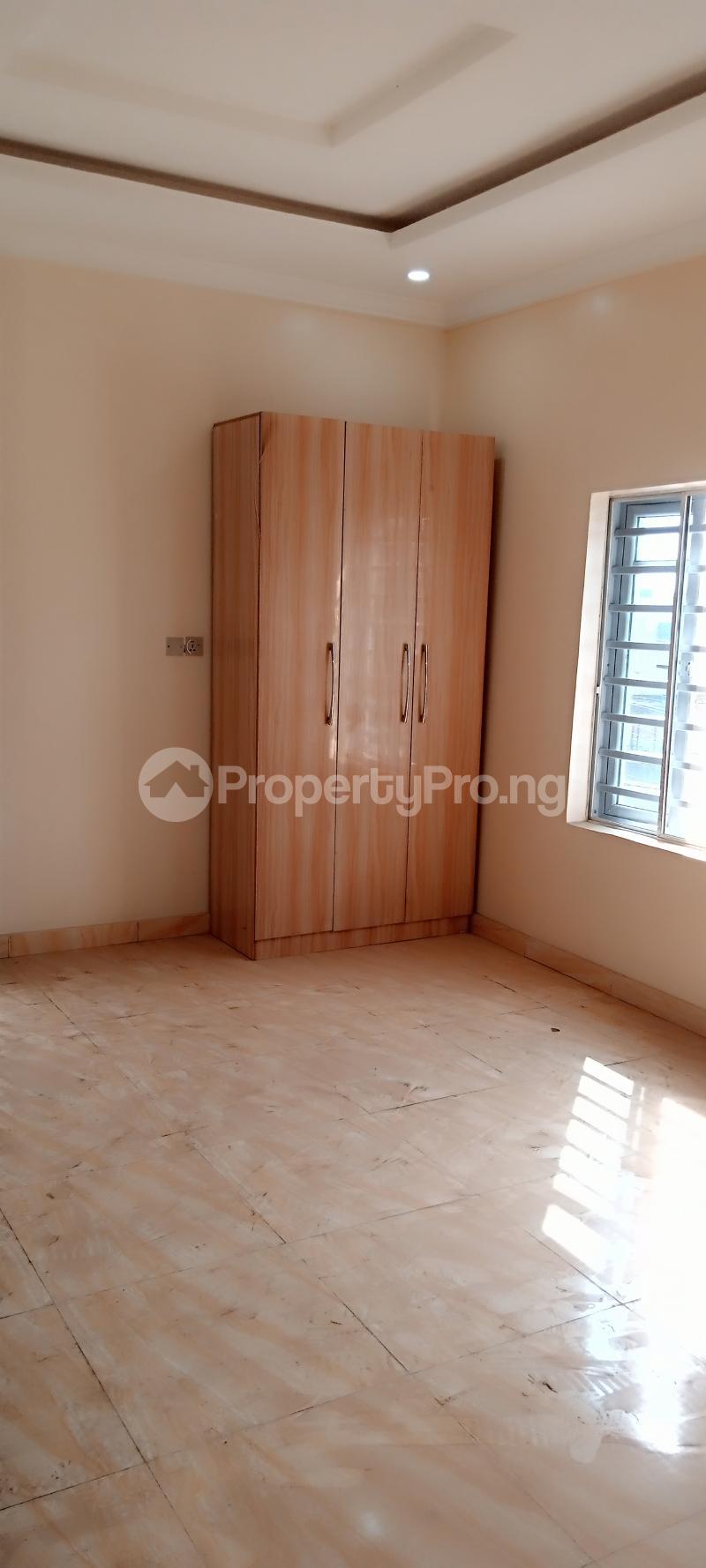 4 bedroom Semi Detached Duplex House for rent Jones Avenue Adeniyi Jones Ikeja Lagos - 13