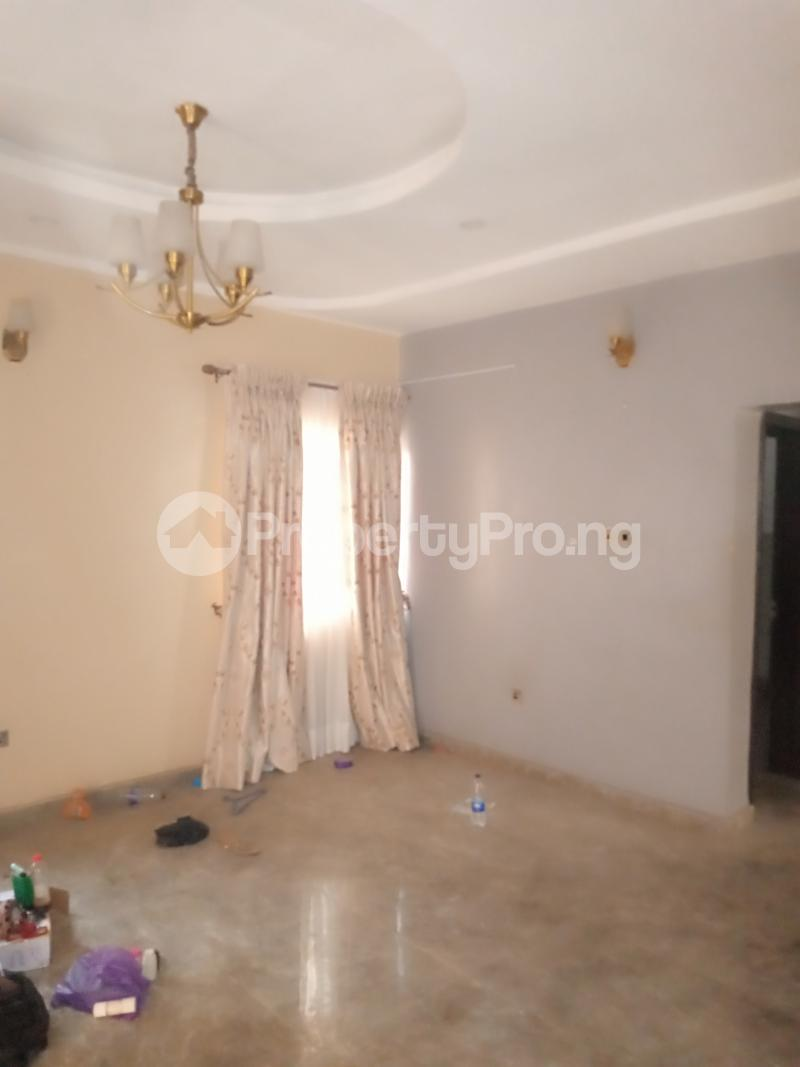 4 bedroom Detached Duplex House for rent Mobil close Oke-Ira Ogba Lagos - 15