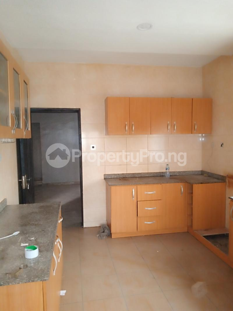 4 bedroom Detached Duplex House for rent Mobil close Oke-Ira Ogba Lagos - 11