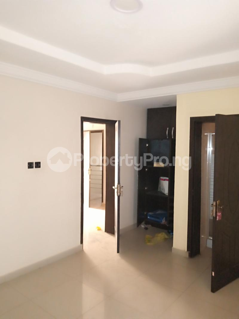4 bedroom Detached Duplex House for rent Mobil close Oke-Ira Ogba Lagos - 10